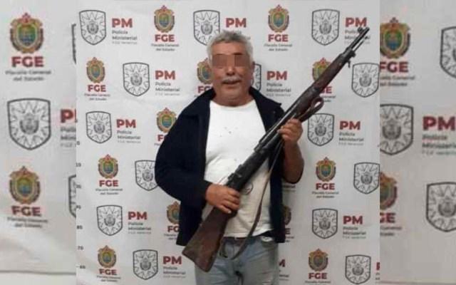 Dan prisión preventiva a exmilitar que asesinó a presunto plagiario de su hijo - Detención de Ramón N. Foto de FGE Veracruz