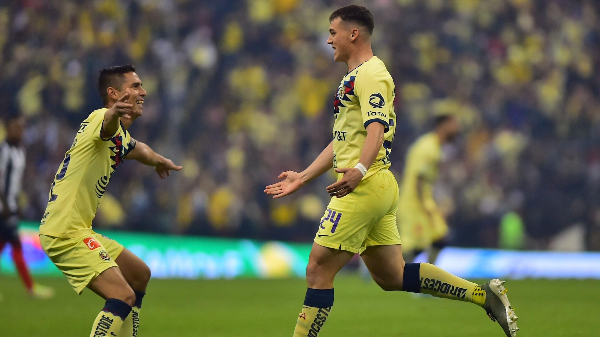 El gol de Federico Viñas, poniendo 1-0 el marcador en el Estadio Azteca, en la final América-Rayados. Foto de Mexsport.