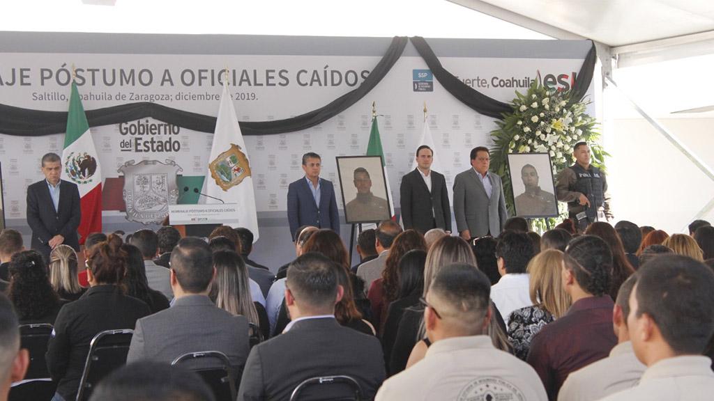 Homenaje a oficiales caídos en Villa Unión. Foto de @FGECoahuila