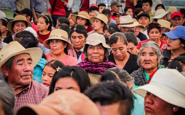 Prioritario informar sobre COVID-19 a comunidades indígenas, afirma el INAI - Indígenas nahuas de Canoa, Puebla, en mensaje del presidente de la República Mexicana, Andrés Manuel López Obrador. Foto de Archivo Notimex-Quetzalli Blanco.