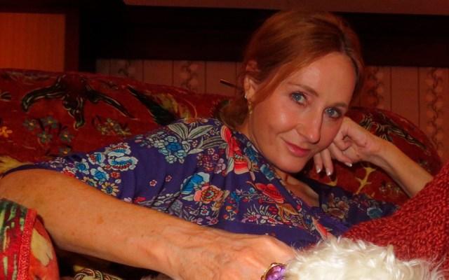 Acusan a JK Rowling de transfobia por tuit sobre la menstruación - Foto de @jk_rowling