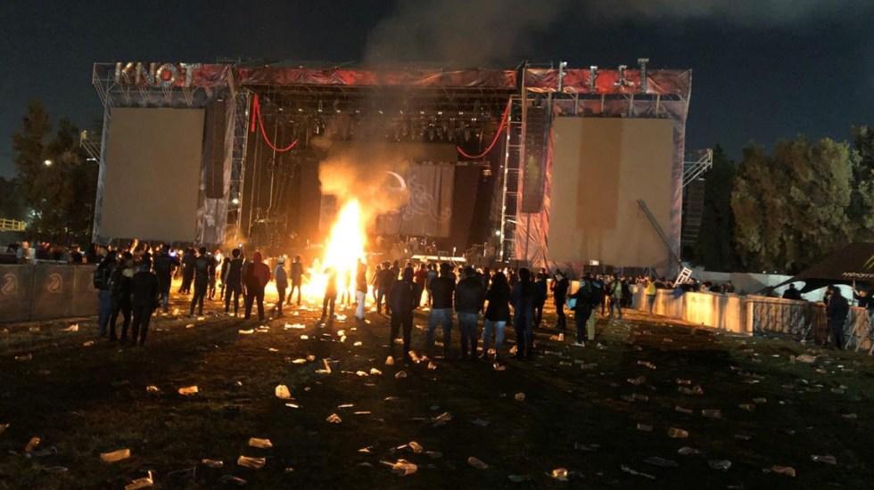 Evanescence y Slipknot cancelan presentaciones en KnotFest  por falta de seguridad - Batería de Evanescence incendiada tras cancelación del KnotFest. Foto de @SoyYeiPi