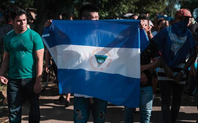 Denuncian detenciones arbitrarias en Nicaragua tras tiroteos con policías - Manifestación en Nicaragua. Foto de EFE