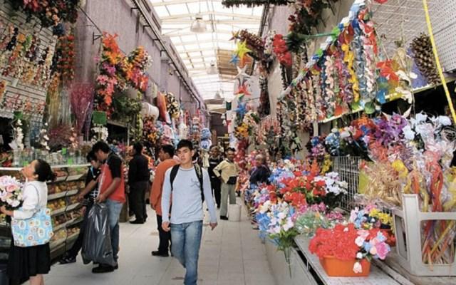 Decomisan dos toneladas de pirotecnia ilegal en la Merced - Mercado La Merced Ciudad de México