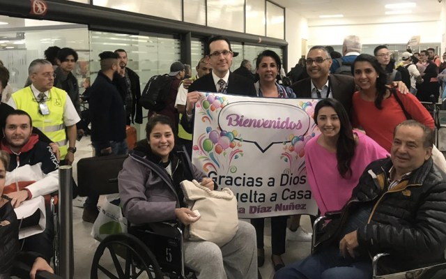 Mexicanos heridos en Jordania regresan al país - Foto de SRE