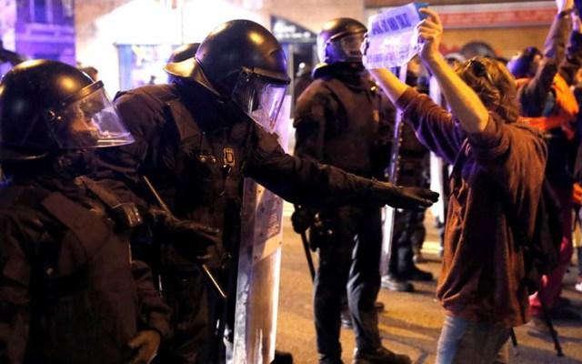 Impiden enfrentamientos entre independentistas y fanáticos del Barcelona - Impiden enfrentamientos entre independentistas y fanáticos del Barcelona