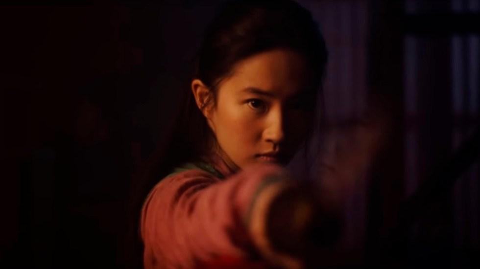 #Video Mulán se muestra leal, valiente y auténtica en nuevo tráiler - Mulán. Captura de pantalla