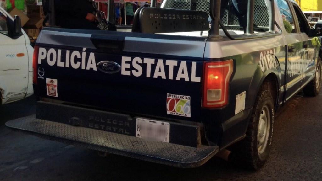 Indemnizan a familias de policías a mes y medio de su muerte en Oaxaca - Foto de @SSP_GobOax