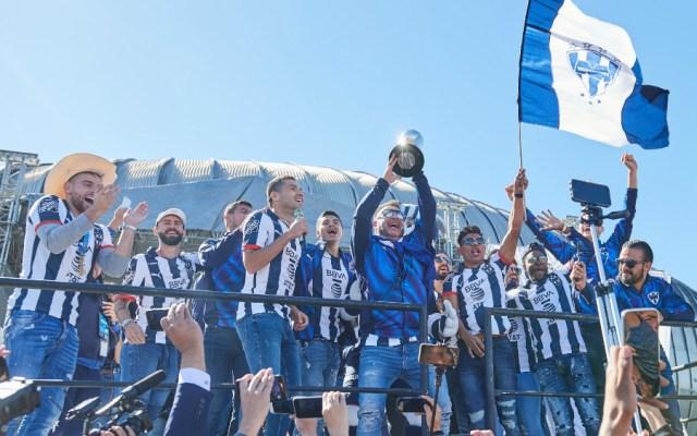 Monterrey desfila y festeja su título ante su afición - Foto de Mexsport