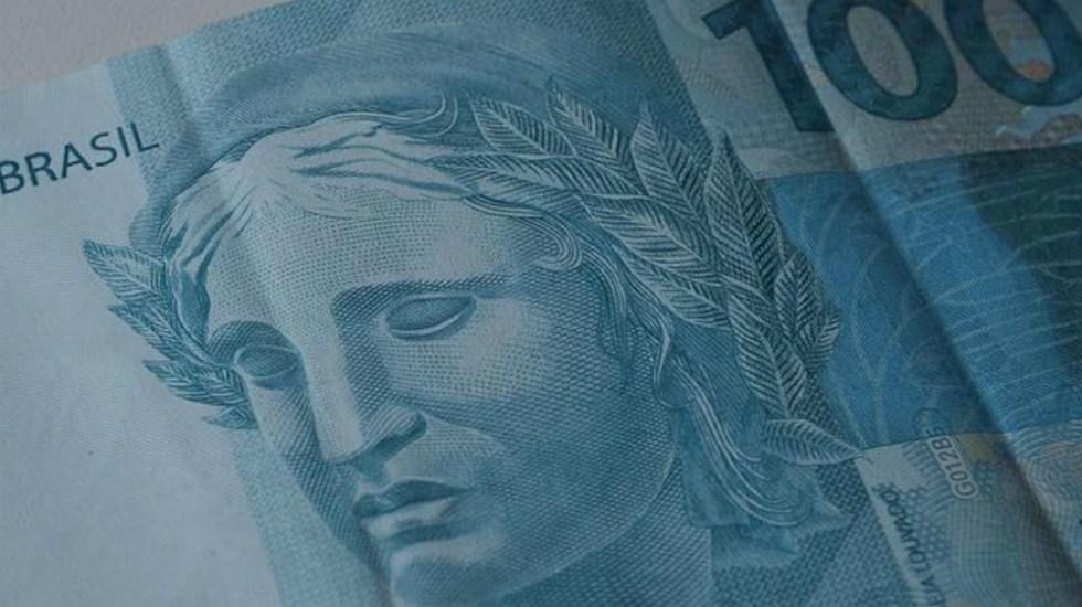 Bolsonaro decreta aumento de salario mínimo por encima de inflación en Brasil - Foto de The Rio Times