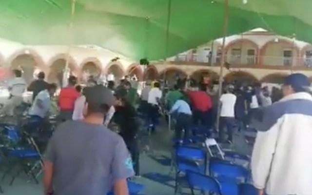 Riña en San Agustín de las Juntas, Oaxaca, para elegir autoridades - Foto de captura de pantalla
