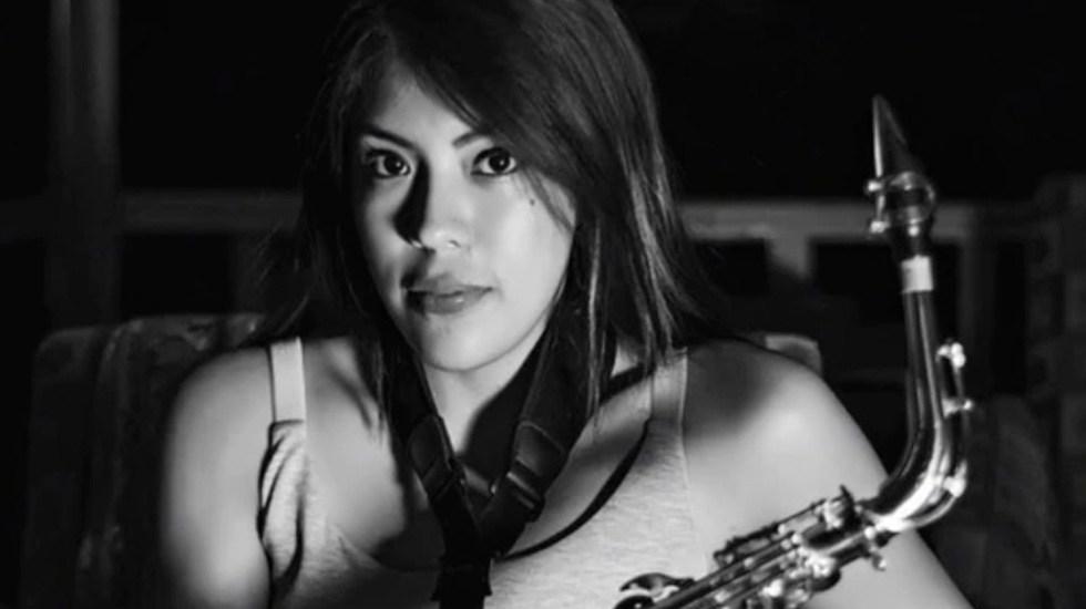 La saxofonista María Elena Ríos se recuperará de ataque con ácido en el Ceniaq - Saxofonista María Elena Ríos