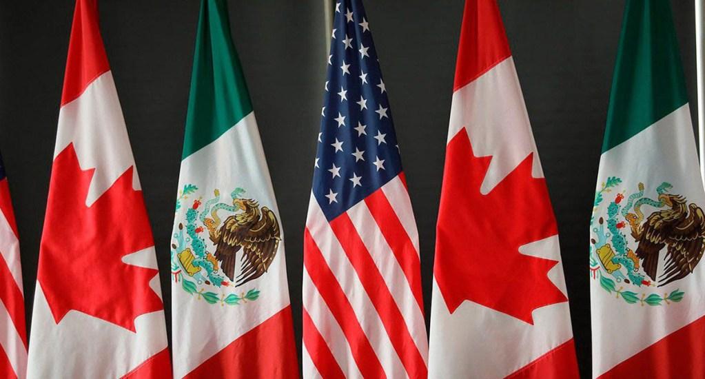 México es la bujía económica de América del Norte: López Obrador - Banderas de México, Estados Unidos y Canadá, países que buscan ratificación del T-MEC. Foto de @CanadaTrade