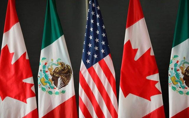 Empresarios y autoridades coinciden en vigilar aplicación de leyes laborales en el T-MEC - Banderas de México, Estados Unidos y Canadá, países que buscan ratificación del T-MEC. Foto de @CanadaTrade
