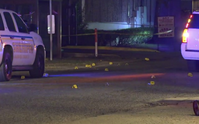 Dos muertos y seis heridos en tiroteo durante grabación de video musical en EE.UU. - Foto de abc 13