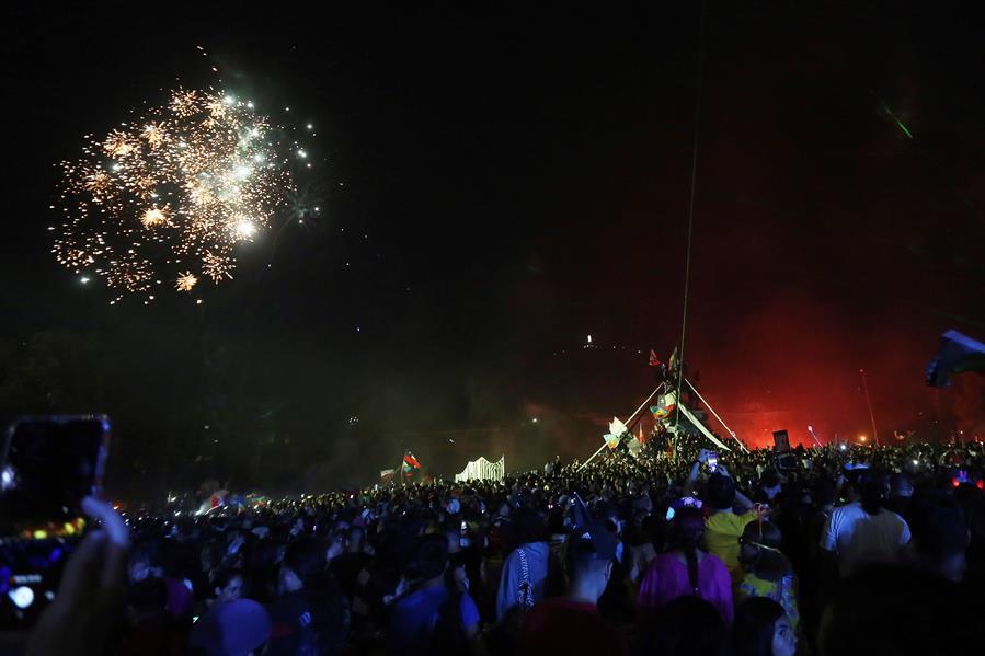 Celebran Año Nuevo en zona cero de protestas en Chile