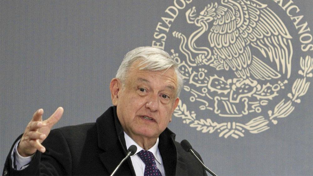 """López Obrador dice que su nieto """"es una bendición"""" - AMLO prevé que EE.UU. avale T-MEC la próxima semana y Canadá en febrero"""