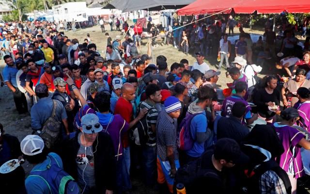 Llega nuevo grupo de migrantes a frontera sur de México - Campamento improvisado para migrantes. Foto de EFE