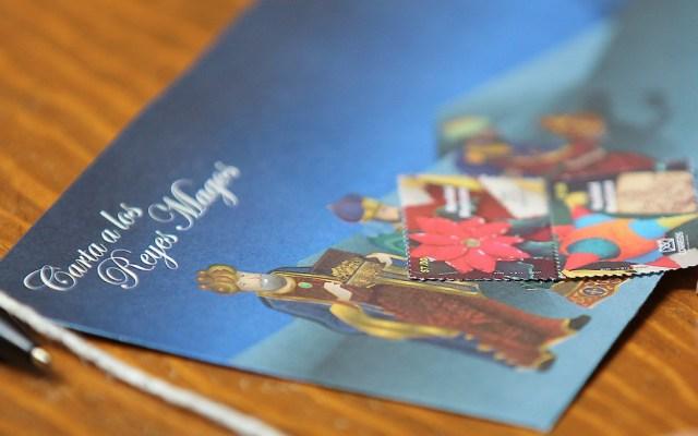 Metrobús amplía horario con motivo del día de Reyes Magos - Carta a los Reyes Magos. Foto de Notimex