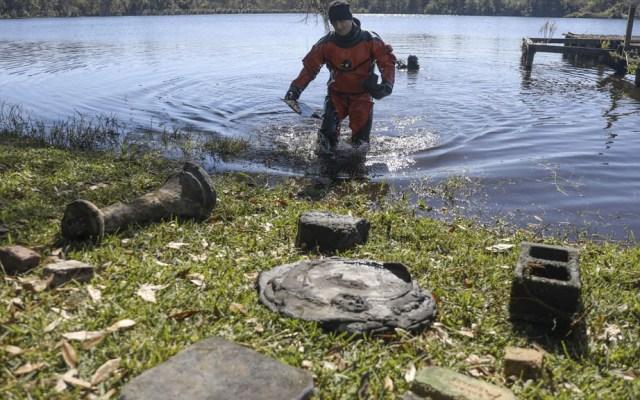 Hallan en lago de Florida cementerio afroamericano olvidado por 70 años - Cementerio Florida lago