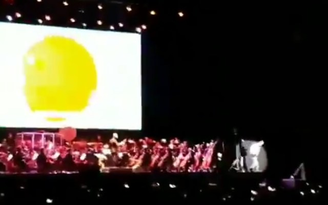 #Video Cantante original de 'Dragon Ball' cae de escenario en Madrid - Dragon Ball cantante japonés caída España