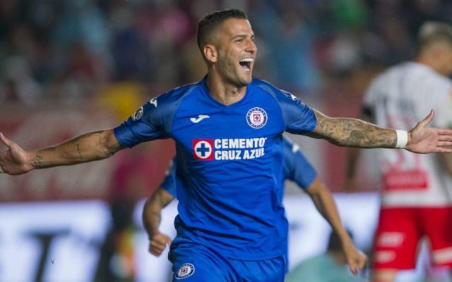 Édgar Méndez se despide de Cruz Azul - Foto de Mexsport