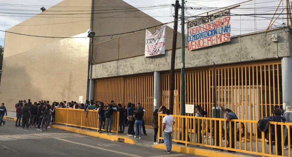 Liberan instalaciones de ENP número 7; UNAM presenta denuncia por saqueo y vandalización - ENP prepataroria 7 UNAM entrega