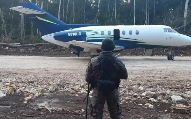 Aseguran avión y vehículos con armamento y droga en Guatemala - Guatemala avión vehículos armamento drogas