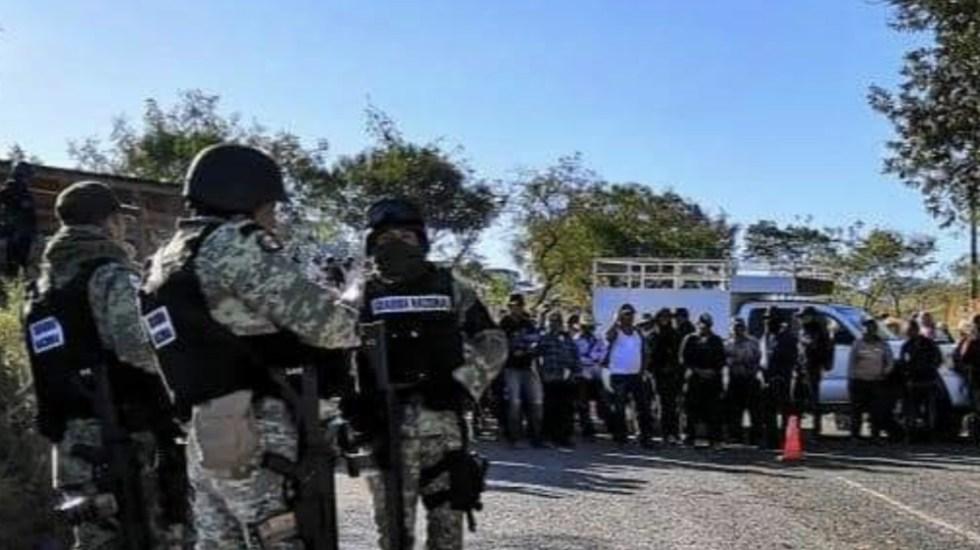 Civiles retienen en Guerrero a integrantes de Guardia Nacional - Foto de @09Centauro