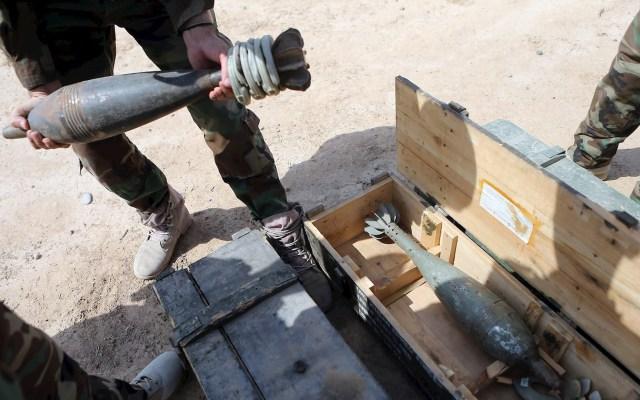 Ataque con cohetes en base militar deja cuatro soldados iraquíes heridos - Varios misiles impactaron esta madrugada en la base militar de Ain al Asad, en el oeste de Irak y donde están desplegadas tropas estadounidenses, confirmó a Efe una fuente de la Policía de la provincia donde se ubican las instalaciones. Foto de EFE/Mohamed Messara/Archivo.