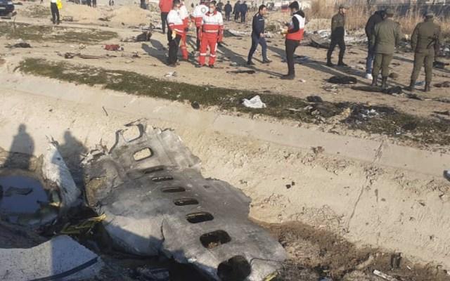 Ucrania exige justicia e indemnización por derribo de avión en Irán - Irán avión Ucraniano Teherán
