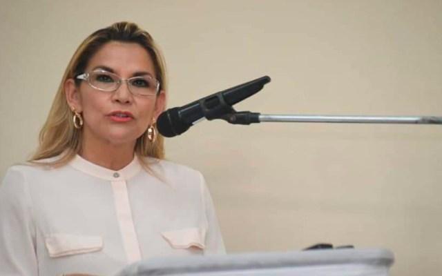 Tribunal de Bolivia amplía gobierno interino de Jeanine Áñez - Jeanine Áñez, presidenta interina de Bolivia. Foto de @JeanineAnez