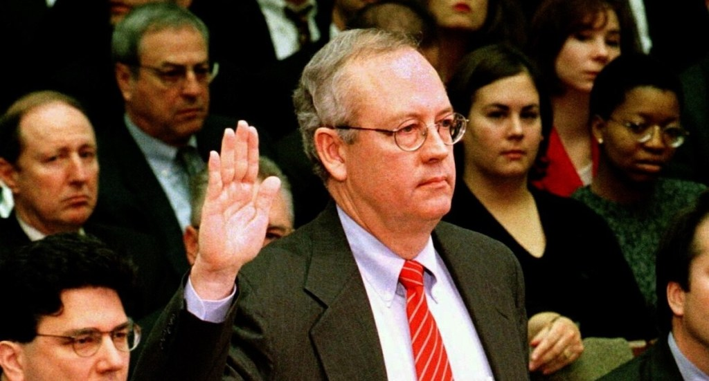 El fiscal Kenneth Starr. Foto de EFE/Archivo.