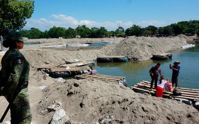 Frontera sur de México está en calma ante posible nueva caravana migrante - La Guardia Nacional vigila el río Suchiate. Foto de EFE