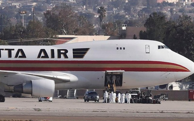 Llegan a California 201 evacuados de China por coronavirus - Llegan a California 201 evacuados de China por coronavirus
