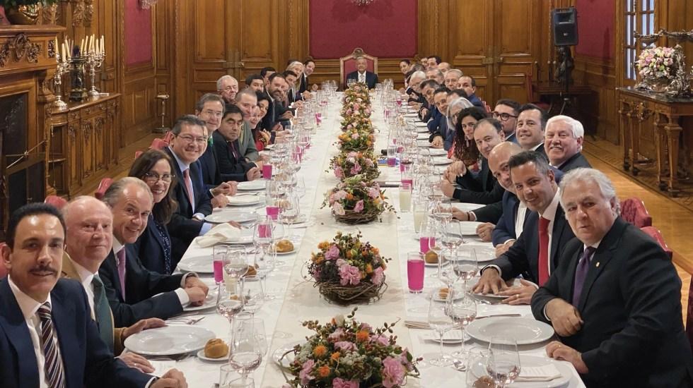 Gobernadores y López Obrador se reúnen en Palacio Nacional - Foto de Twitter Andrés Manuel López Obrador