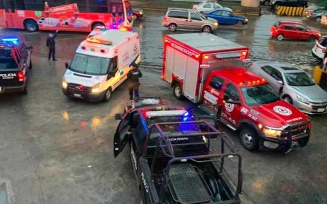 Asesinan a mujer afuera de estación del Metro en Nuevo León - Asesinan a mujer afuera de estación del Metro en Nuevo León