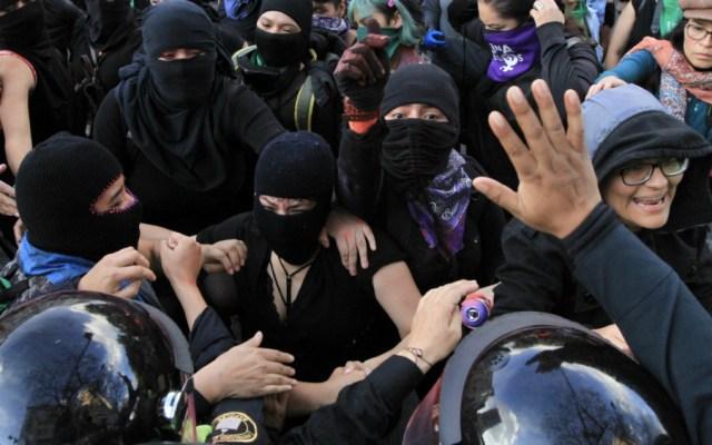 Incidentes durante protesta de mujeres en Paseo de la Reforma - Foto de Notimex
