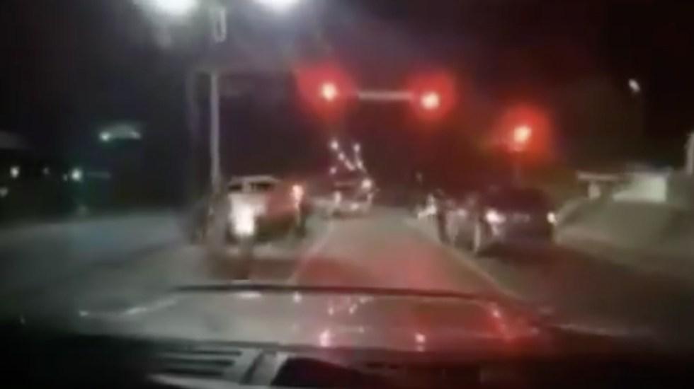 #Video Pareja evade retén de presuntos sicarios en Tamaulipas - Foto de captura de pantalla