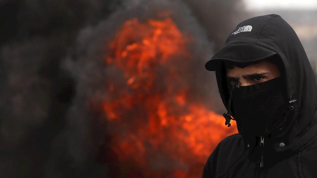 Israel intercepta misiles lanzados por palestinos desde la Franja de Gaza - Palestina Israel protesta palestinos
