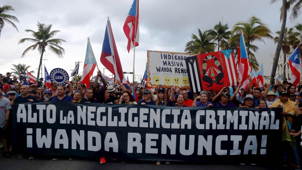 Cantantes y deportistas exigen renuncia de gobernadora de Puerto Rico - Puerto Rico marcha gobernadora Residente