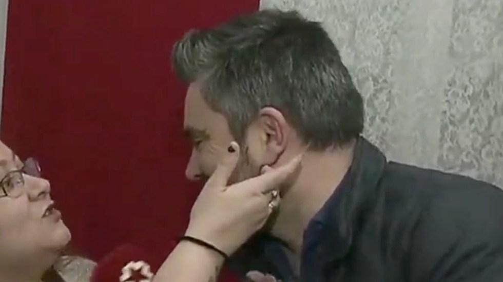 #Video Perro muerde a reportero durante transmisión en vivo - Reportero España Madrid