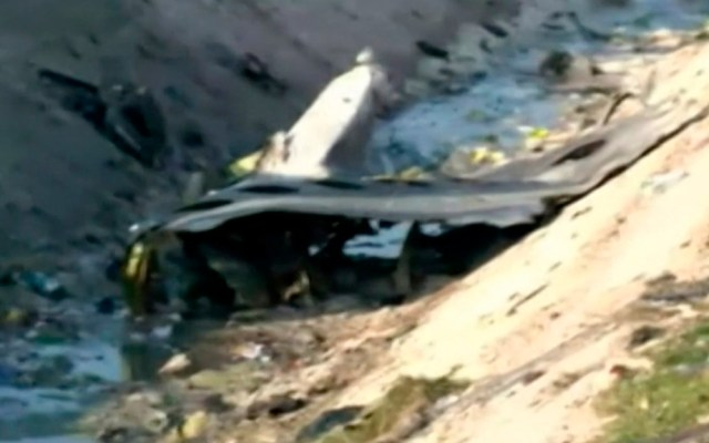 Ucrania solicita a Irán 'acceso total' a investigación de accidente aéreo - Restos de avión ucraniano siniestrado en Irán. Foto de BBC