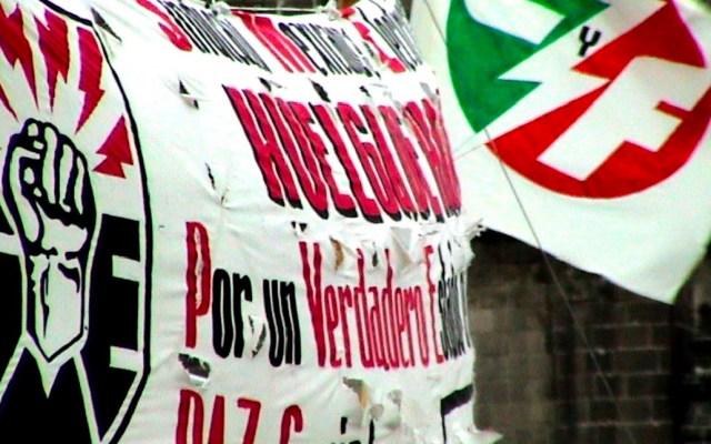 Tribunal rechaza resolución del Inai de revelar montos de pensión a extrabajadores del SME - Tribunal federal rechaza resolución del INAI de revelar montos de pensión de extrabajadores del SME