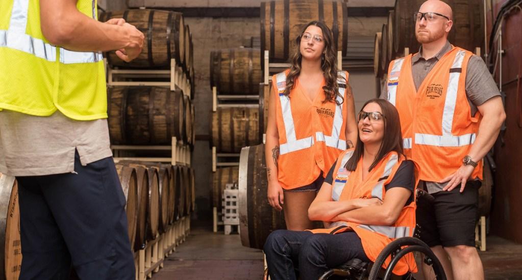 SAT mantiene estímulo fiscal a quienes contraten personas con discapacidad