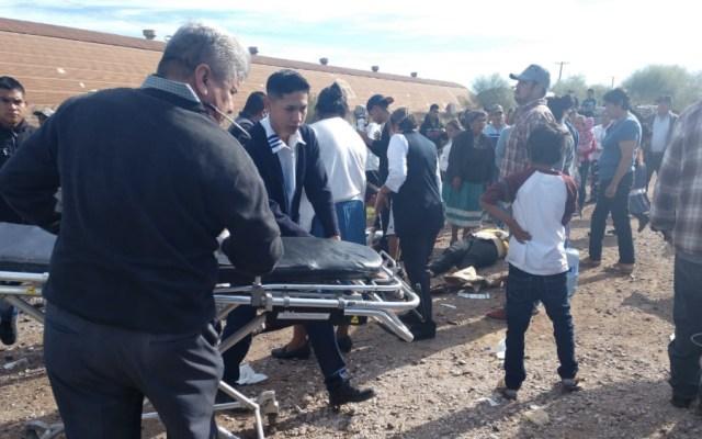 Tren embiste a camión de jornaleros en Sonora; hay al menos 5 muertos - Foto de @ricardolopezobr