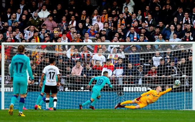 Valencia vence al Barcelona en casa después de 13 años sin lograrlo - Valencia vence al Barcelona en casa después de 13 años sin lograrlo