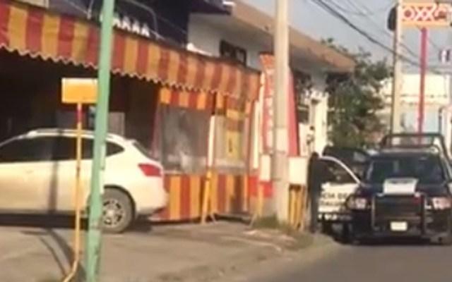Ejecutan en Nuevo León a dueño de taquería - Asesinato en taquería de Nuevo León. Foto de @vicente_tv