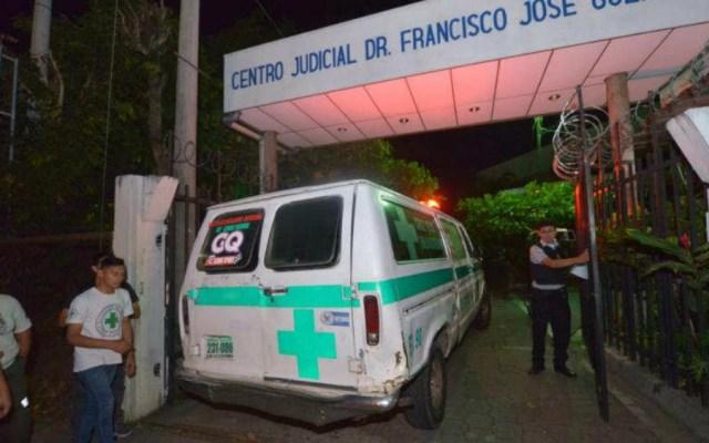 Al menos 4 muertos deja caída de un autobús a un barranco en El Salvador - Foto de ElSalvador.com