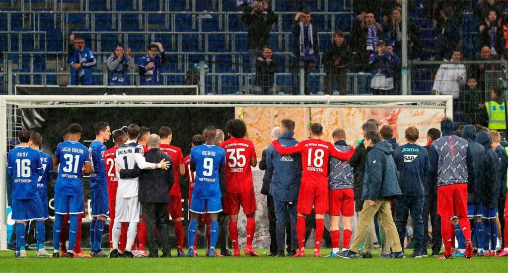 """Hoffenheim y Bayern realizan diez minutos de """"huelga"""" contra ultras - Hoffenheim y Bayern respaldan a Hopp con diez minutos de"""
